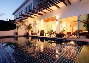 Апартаменты с личным бассейном в Kamala Falls
