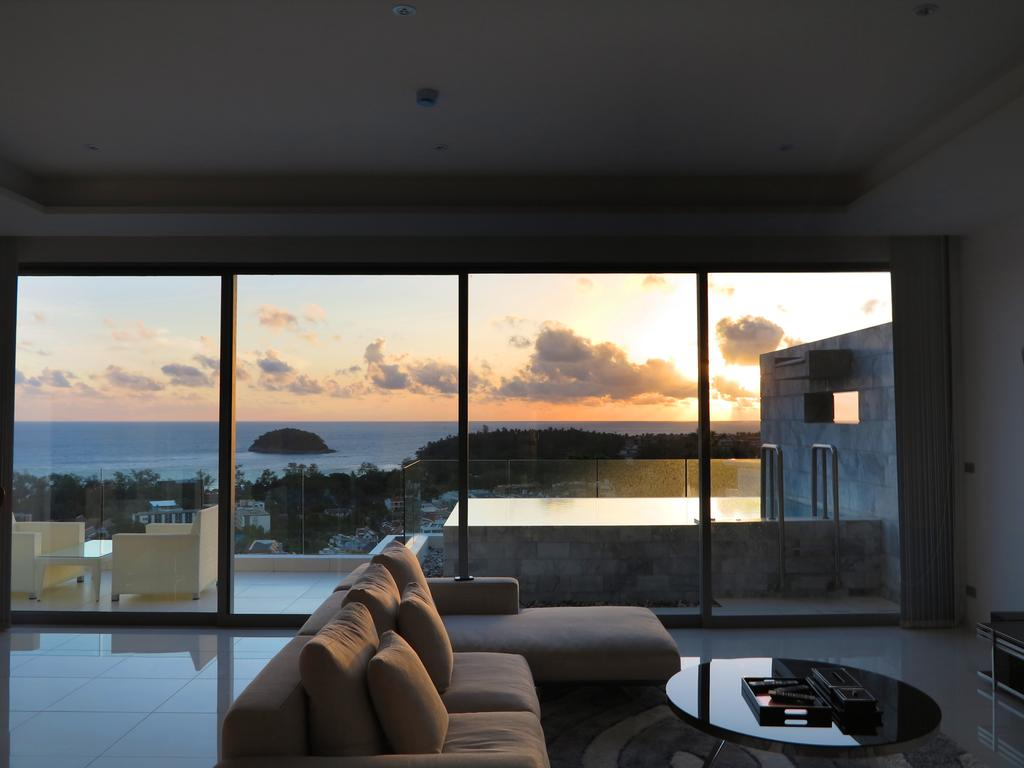 The View - вид на закат