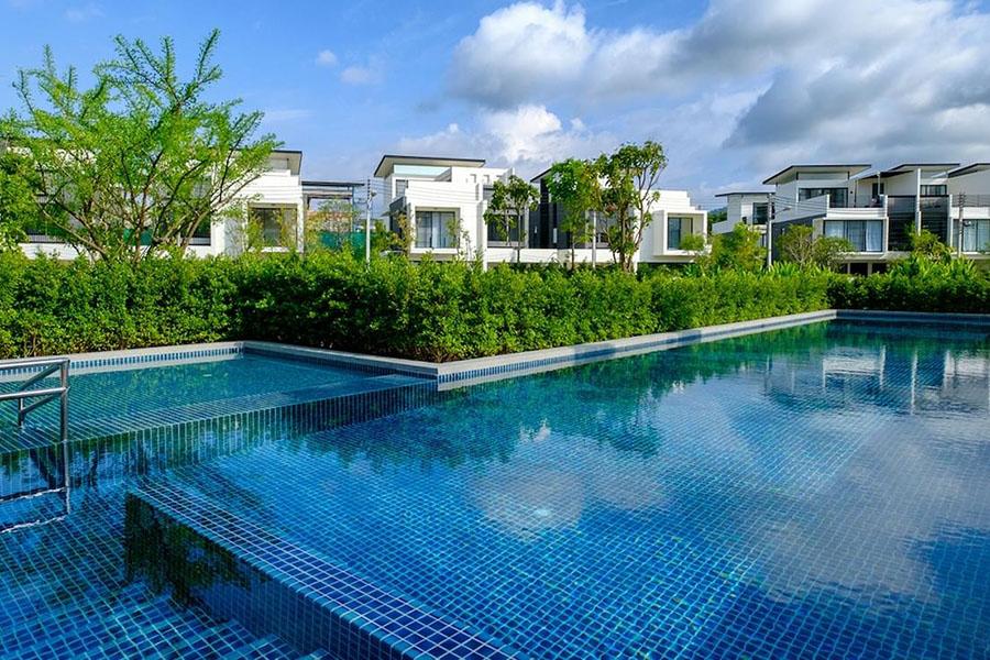 общий бассейн в Laguna Park