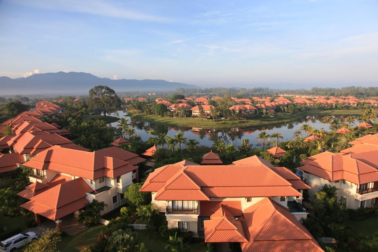 Angsana Villas Resort Phuket (отель сверху)