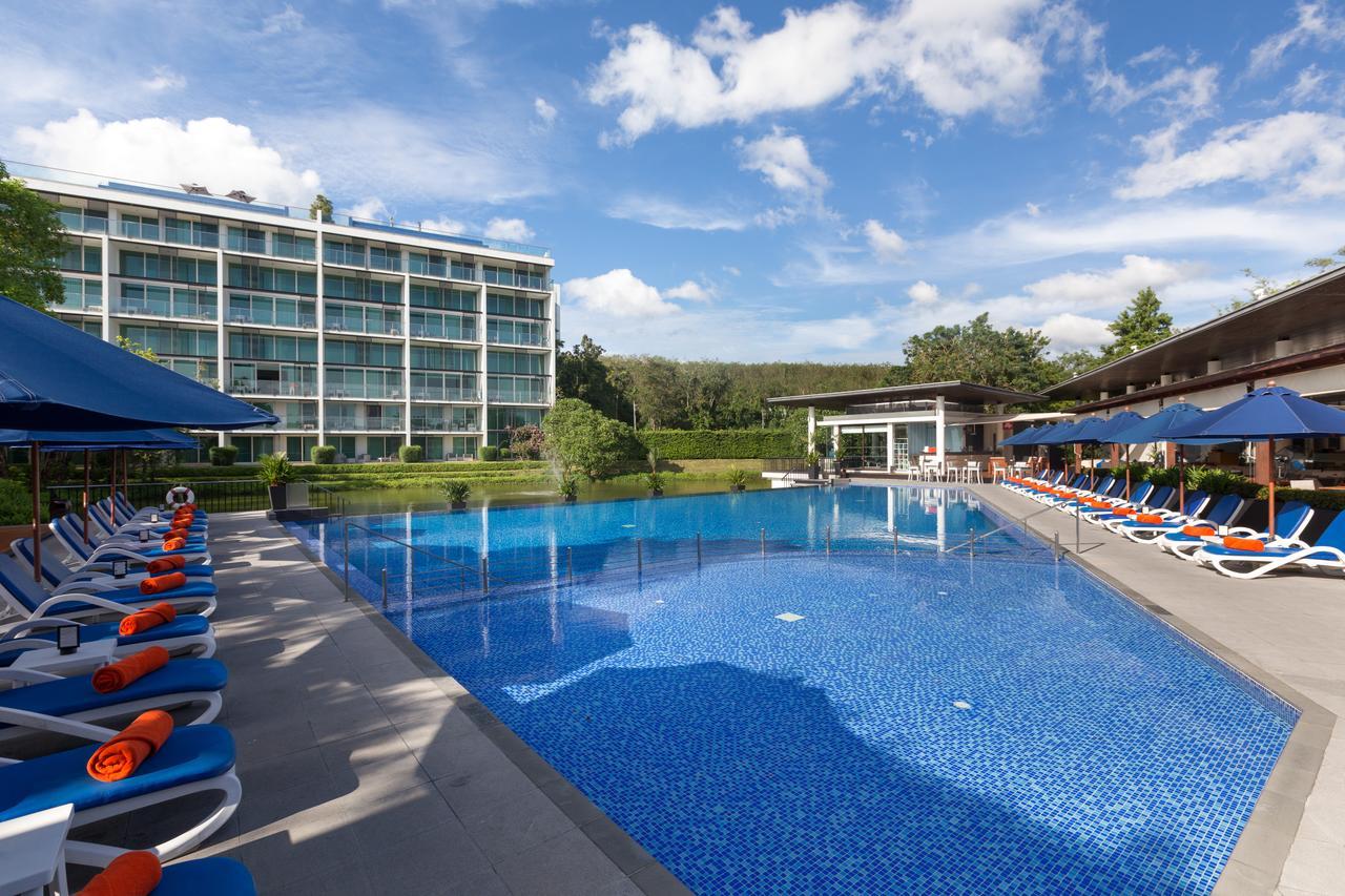 Общий бассейн в Angsana Villas Resort Phuket