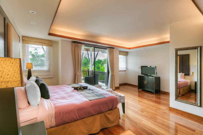 Спальня на втором этаже  -  Angsana Villas Phuket