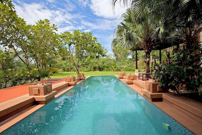 Личный бассейн на вилле - Chom Tawan