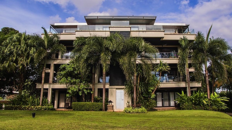 Здание с апартаментами - Chom Tawan