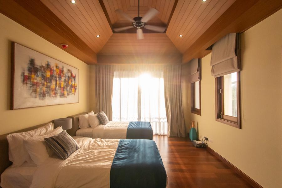 Спальня на втором этаже в Laguna Village