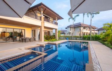 Новая резиденция с 4 спальнями в Laguna Village
