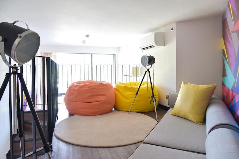 Второй уровень в апартаментах Cassia Phuket