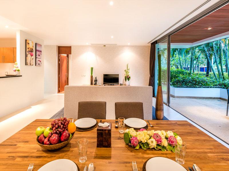Гостиная в апартаментах с 2 спальнями - Lotus Gardens Phuket