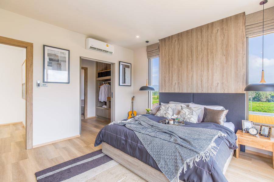 Спальная в двухэтажной вилле ZENITHY
