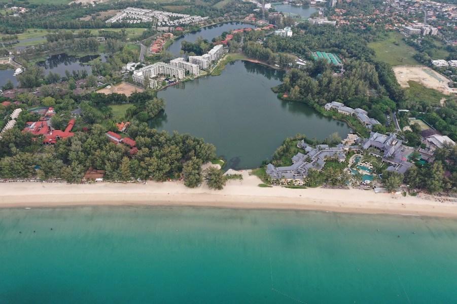Локация отеля Cassia Phuket