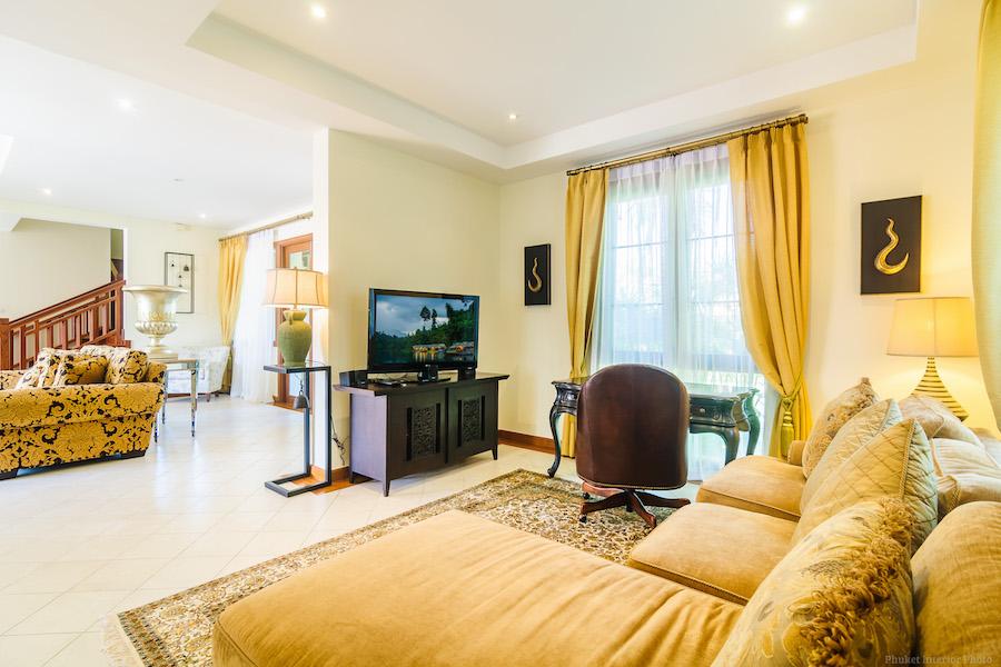 Гостиная в резиденции в Laguna Village