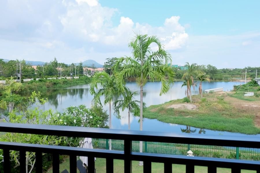 Вид в резиденции в Laguna Village