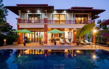 Комфортабельная резиденция с 4 спальнями в Laguna Links