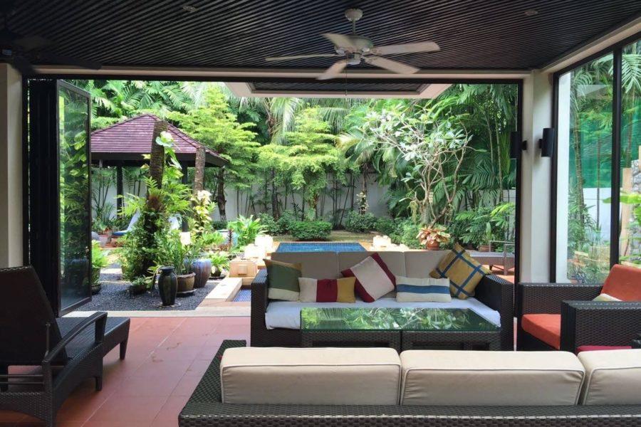 Chom Tawan -  открытая гостиная