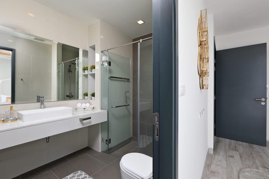 Ванная комната в спальне - Laguna Park 2